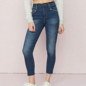 Perfect High Waisted Jeans👖💟